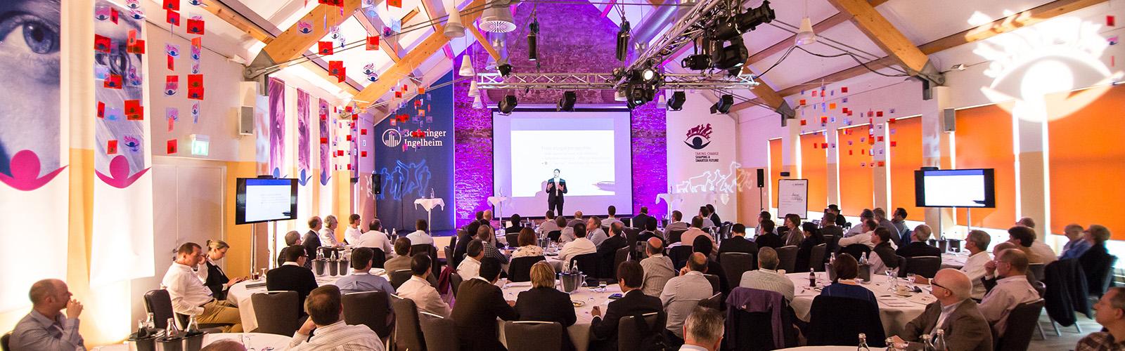 Konferenzen und Tagungen
