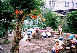 小峰幼稚園2