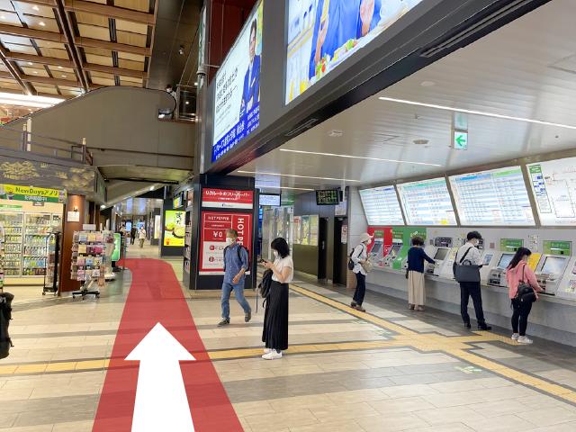JR線中央口改札から03