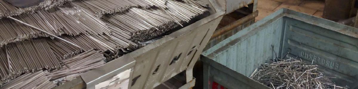 Lonatini snc Lumezzane_produzione ganci acciaio inox aisi_accessori per macellerie salumifici mattatoi