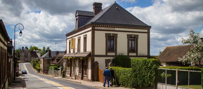 Site de l 39 h tel restaurant de la risle ambenay for Site de reservation hotel