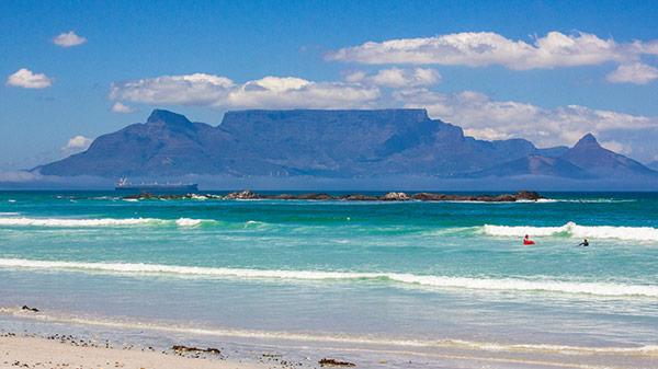 Tafelberg mit Kapstadt in Südafrika