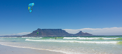 Kitesurfer in Kapstadt