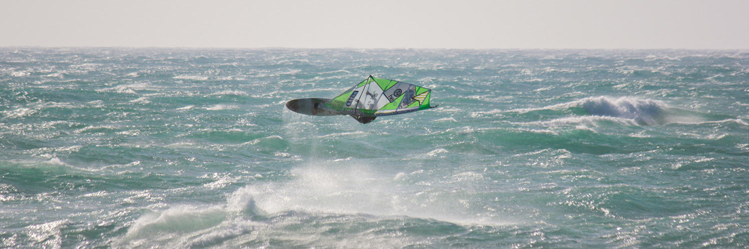 Tarifa Windsurfer Freestyle