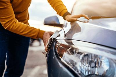 Nanoversiegelung beim Auto für den Autolack