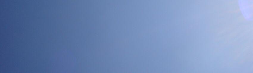 Zu hohe Luftfeuchtigkeit fördert Schimmel in Wohnräumen - DEKRA ...
