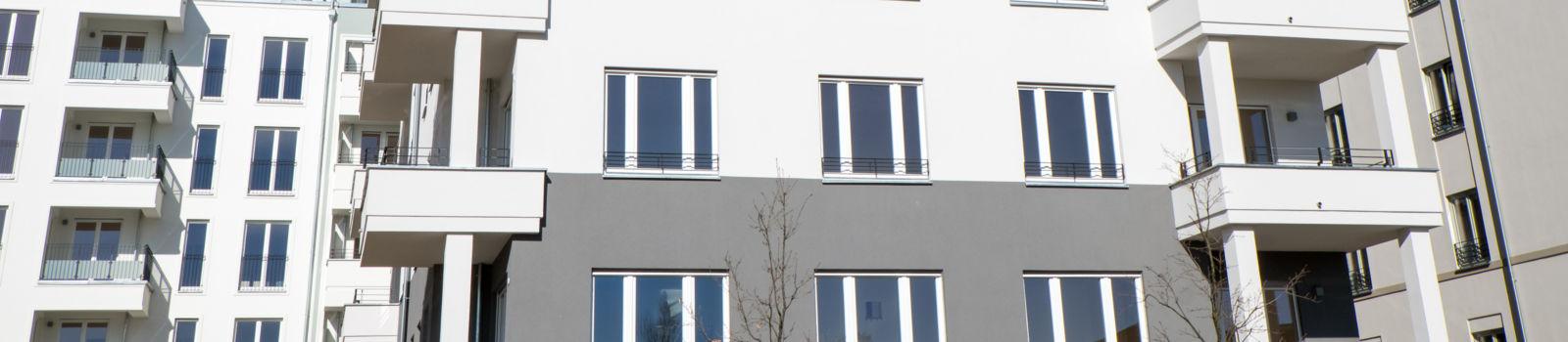 Eine sanierte Fassade der Omega-Spezialbau GmbH