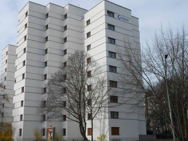 Fassadeninstandsetzung von der Omega-Spezialbau GmbH in der Neuköllner Str.