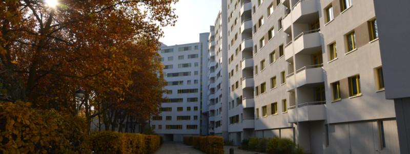 Fassadeninstandsetzung der Omega-Spezialbau GmbH in der Treuenbrietzener Str.