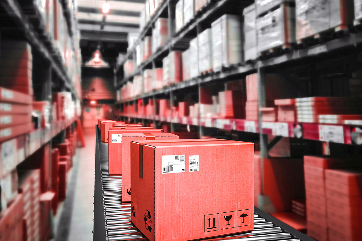 Pakete bei der Konfektionierung – ScaleUp Fulfillment Münster