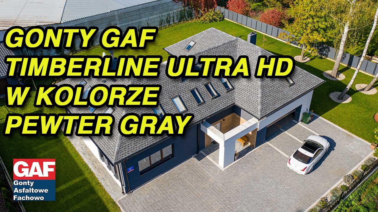 Film z drona prezentuje renowację dachu przy pomocy systemu dachowego GAF z luksusowymi gontami bitumicznymi o nazwie timberline Ultra HD Dual Shadow w kolorze Pewter Gray Szary wyprodukowany w USA. Przedstawiony budynek znajduje się w okolicach Poznania