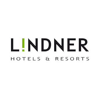 Smiling Customer - Logo Lindner Hotel & Resorts