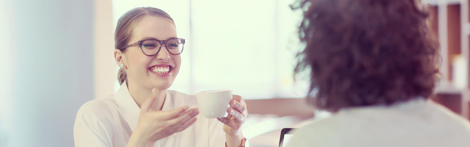 Smiling Customer - Zufriedene Kundin