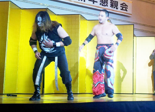 プロレスラーの男性二人