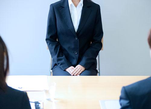 2)採用担当者と求人希望者による相談・面接の様子