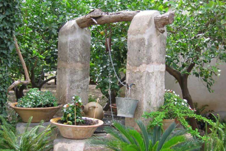 Krause - Technik für Ihren Garten, Schacht-Gartenbrunnen