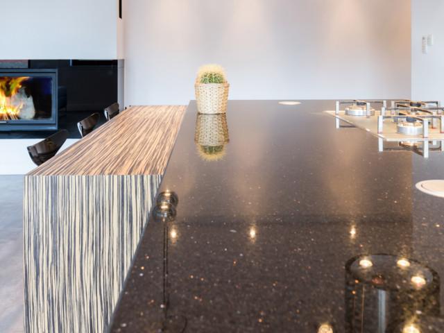 LMT Küchen - Keramikarbeitsplatte