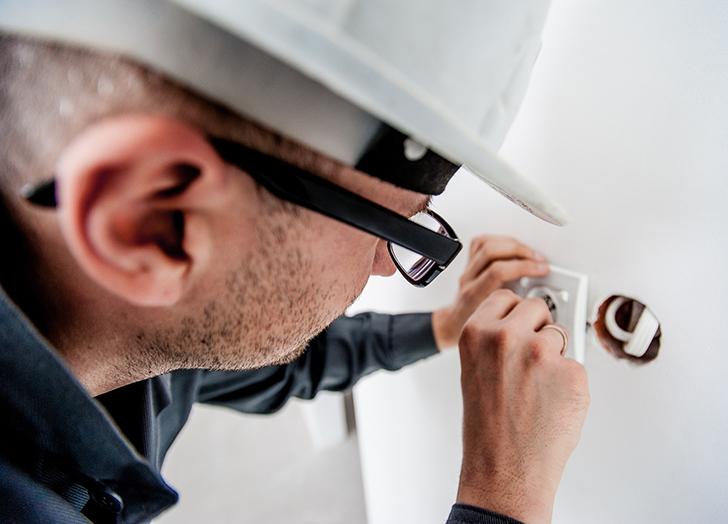 Elektroinstallateur Job