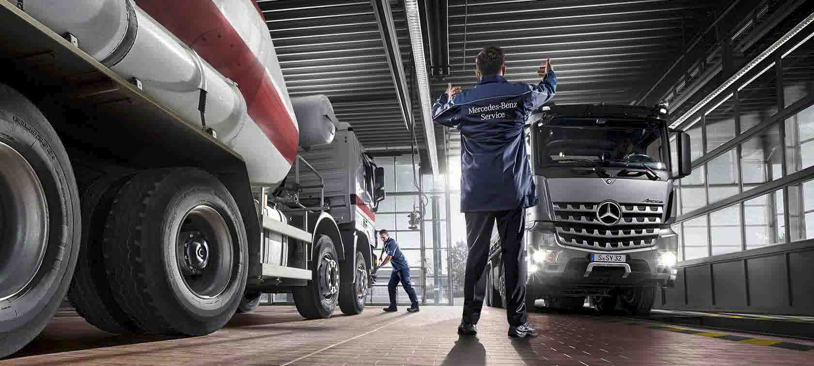 Mercedes, Unimog, Service, Werkstatt, Sonderfahrzeuge