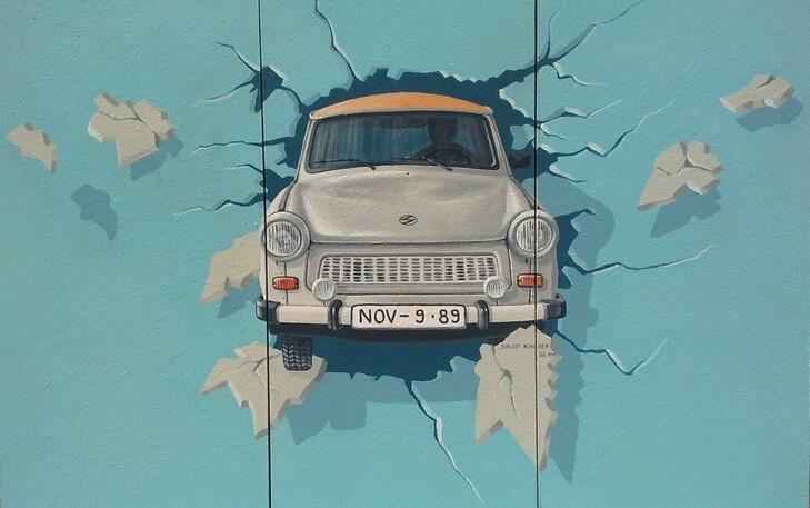 W nde au en illusionen ich male ihre w nsche wahr wandmalerei fassaden kunst farbe bilder - Wandmalerei berlin ...