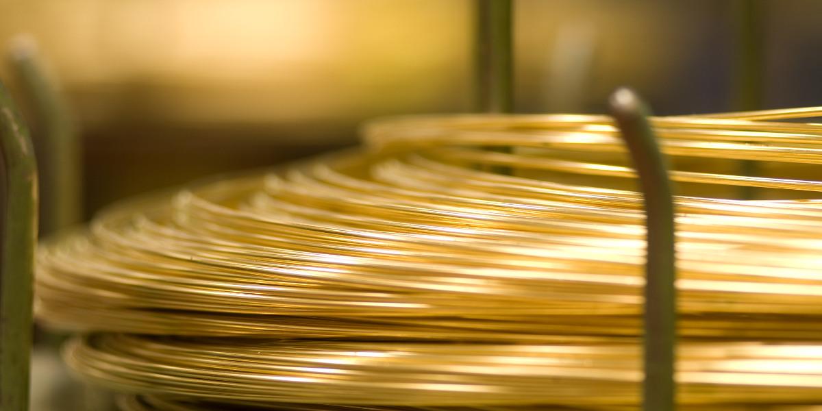 Wir fertigen nicht nur Kunststoffgeäuse, Kontaktstifte oder Umformteile sondern auch Kunststoffmetallverbindungen, Montageteile und Ähnliches