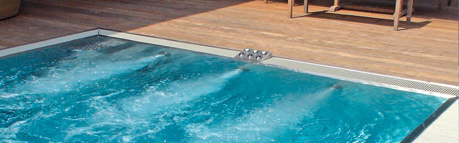 S&K GmbH Jacuzzi Whirlpool - Gegenstromanlage im Betrieb