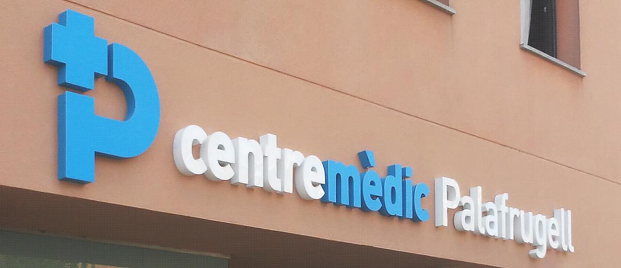 Centre Mèdic Palafrugell rètol lletres corpòries leds