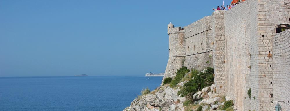 Roadtrip Kroatien-Dubrovnik-Stadtmauer-Lifetravellerz-luigiontour