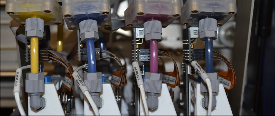 Farbeinspritzdüsen der T-Shirtdruckmaschine Kornit Breeze