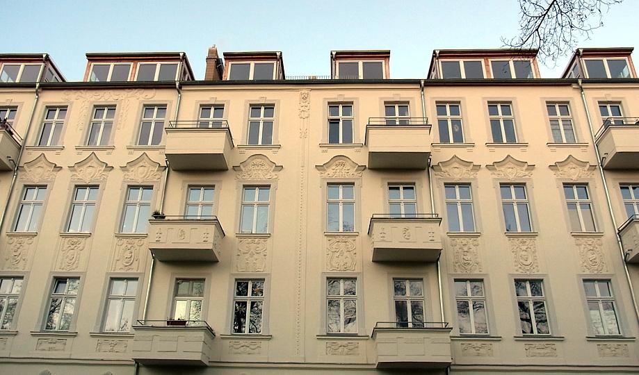 Fritz-Zubeil-Straße 13-15