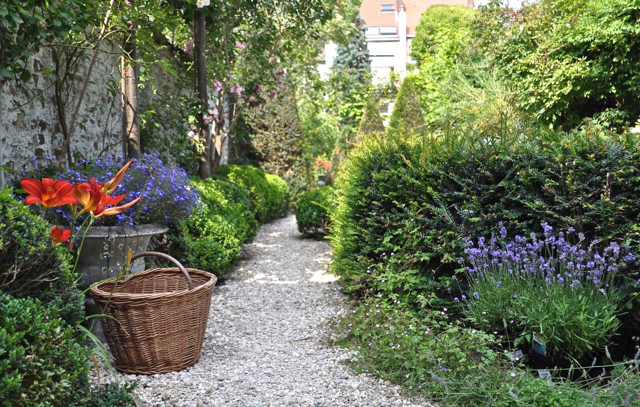 Maison d 39 h tes bruxelles un jardin en ville un for Les jardins de la ville