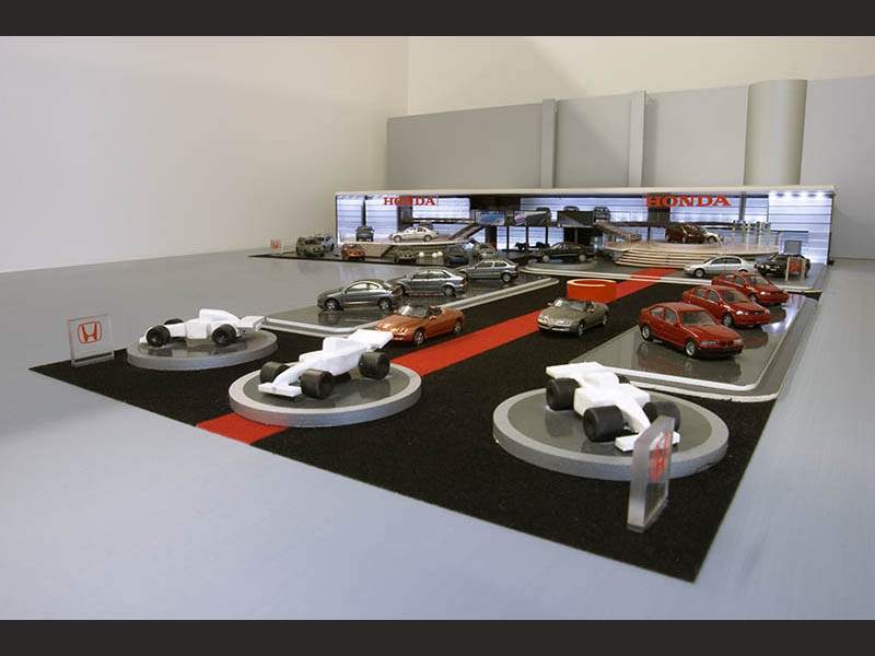 design-zug-397-honda-messebau-modellbau-autosalon-genf-2006-05