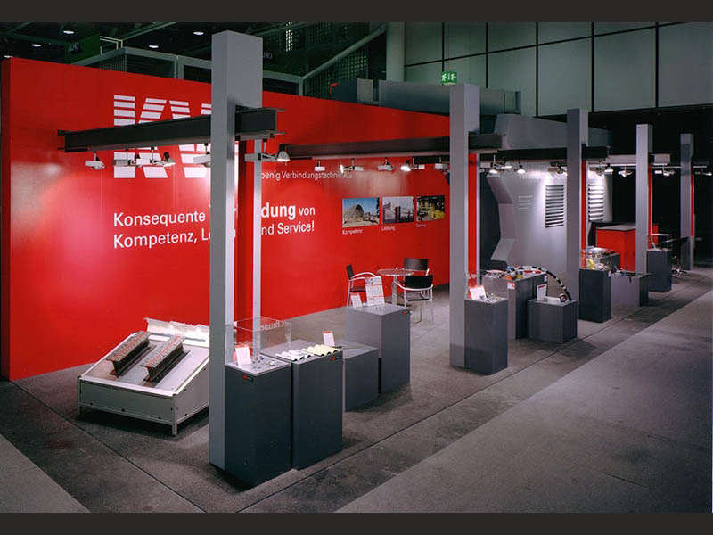 design-zug-470-kvt-messestand-design-swissbau-basel-2005-05