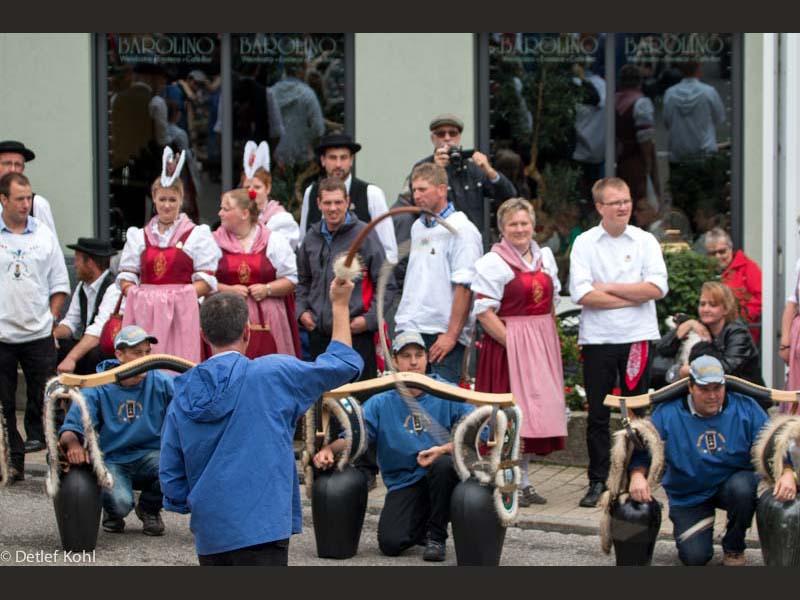 festumzug-700-jahre-morgarten-oberaegeri-350