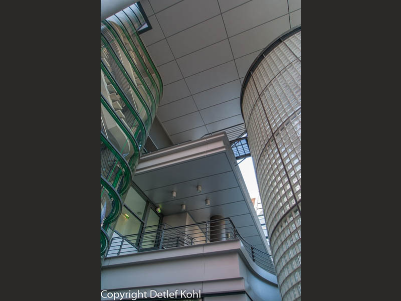 Formensprache in Glas und Beton - Berlin Potsdamer Platz