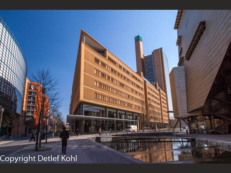 Dynamische Architektur - Das neue Zentrum Berlins am Potsdamer Platz
