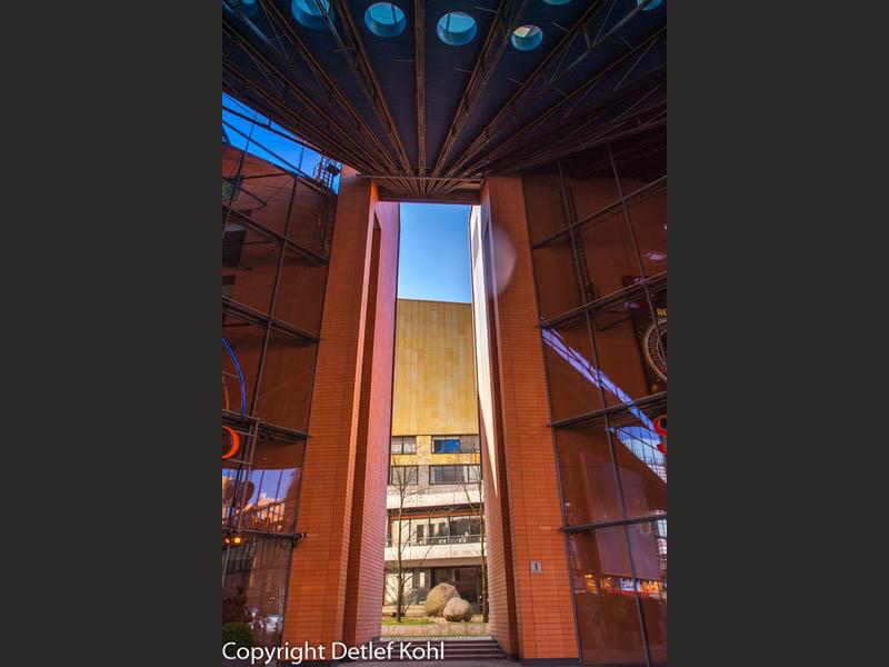 Dem Himmel entgegen - Fotografie in Berlin Potsdamer Platz