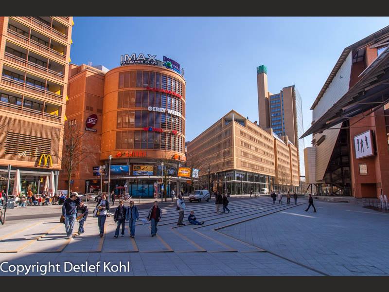Ausgang in Berlin Potsdamer Platz