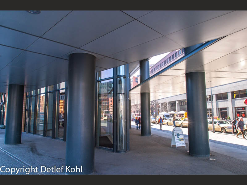Geborgenheit einladender Architektur - Berlin Potsdamer Platz