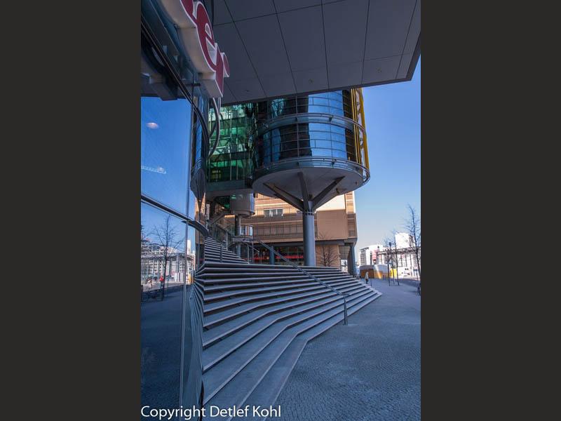 Architektur und Fotografie Verspiegeltes Glas Berlin Potsdamer Platz 2005