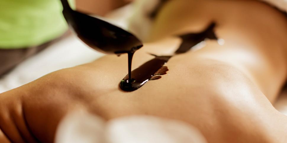 Schokoladen-Massage im Revitalis