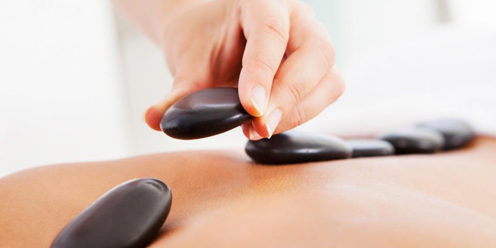Hot Stone Massage im REVITALIS in Lippstadt