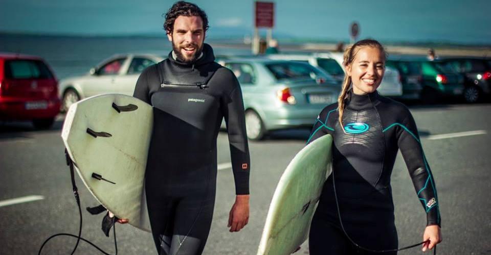 Surf-Unterricht in Irland
