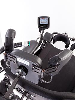 Kopfsteuerung am Rollstuhl